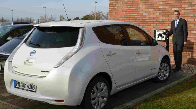 Kleinmachnows Bürgermeister fährt jetzt E-Auto