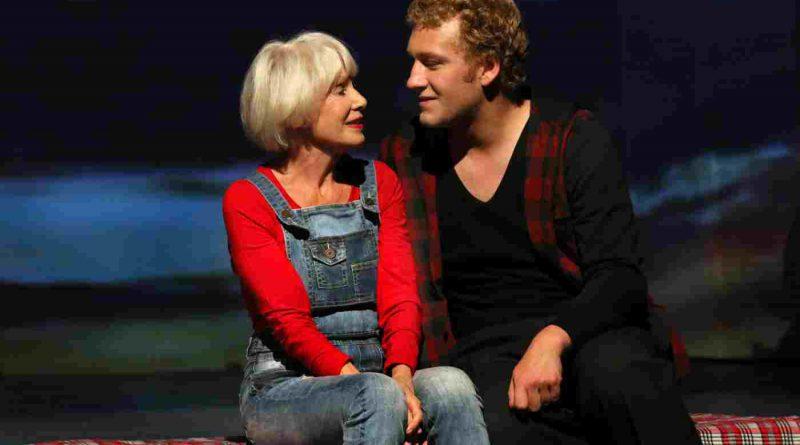 """""""Harold und Maude"""" im Schlosspark Theater Berlin"""