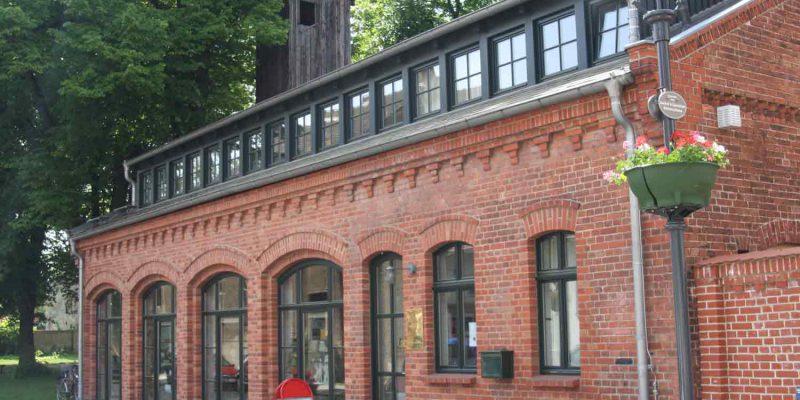 """Theatergruppe """"Die Runzelrübchen"""" @ Bürgerhaus"""