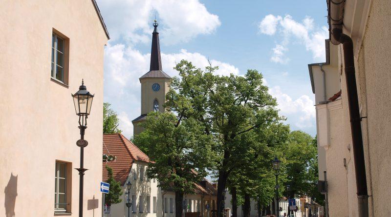 Zur etwa zweistündigen Führung durch die Teltower Altstadt lädt der Heimatverein Teltow Interessierte jeden zweiten Samstag ab 10 Uhr eingeladen.