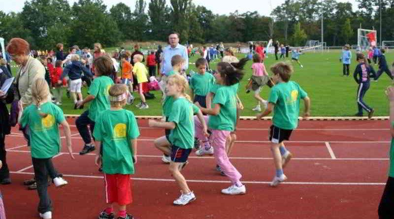 Am 25. Juni 2017 lädt die Leichtathletik Abteilung des RSV Eintracht 1949 zum großen Leichtathletik-Sportfest auf das Vereinsgelände nach Stahnsdorf ein.