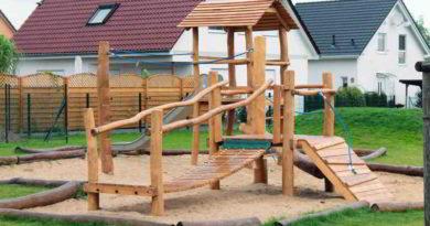 """Brandenburg: Förderprogramm """"Spiel.Platz"""" unterstützt Bau, Sanierung und Instandhaltung von Spielplätzen in amtsfreien Gemeinden mit unter 15.000 Einwohnern."""