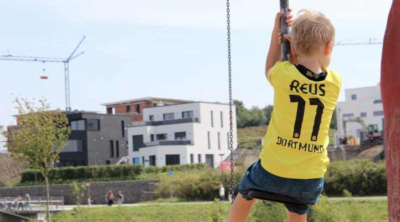 Landesregierung entwickelt familien- und kinderpolitisches Programm weiter. Brandenburg soll weiter zu den kinder- und familienfreundlichen Regionen zählen.