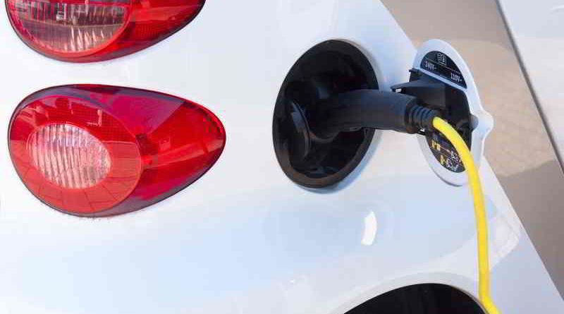 Das Tarifmodell des Landes Berlin für das Laden von Elektrofahrzeugen wird vom 15. Juli 2017 bis zum Jahresende versuchsweise umgestellt.