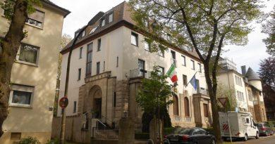 Italienisches_Konsulat,_Dortmund_01 by joehawkins via Wikimedia Commons