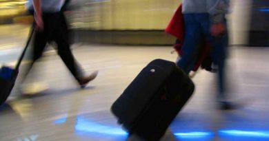 Insolvenz von Fluggesellschaften, Naturkatastrophen im Urlaubsland. Die Verbraucherzentrale Brandenburg sagt, wie Fluggäste zu ihrem Recht kommen.