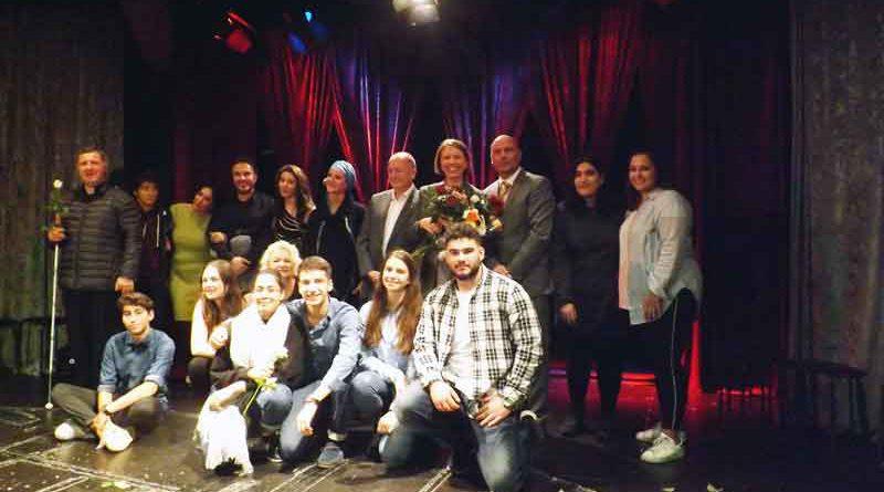 Shalom-Salam-wohin? hieß es am 11. Oktober im Berliner Tiyatrom. Dort hatte die 3. Folge des multikulturellen Theaterstücks Premiere.