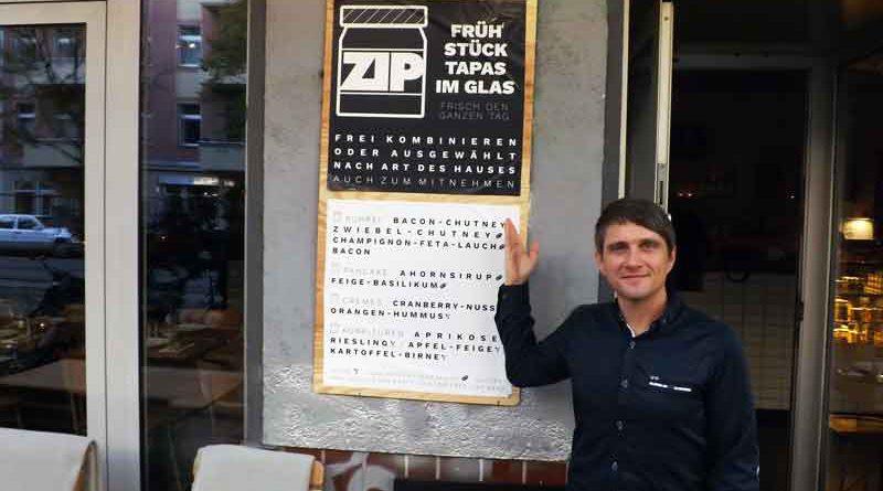 Herzhafte und süße Gerichte aus dem Glas sind Trend. Nun gibt es in Berlin ein Restaurant, das seine Speisen im Glas serviert: das ZIP in Neukölln.