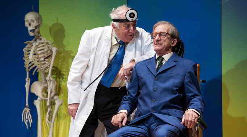 Seit 2013 wird Sonny Boys im Schlosspark Theater Berlin aufgeführt. Ende Januar kommt das Stück wieder zurück auf die Bühne.