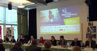Ausbildungsmesse Teltow: Pressekonferenz mit Heidi Hetzer