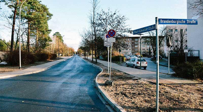 Albrecht-Schweitzer-Straße in Ludwigsfelde