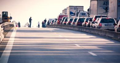 Stau auf der Autobahn (c) pixabay