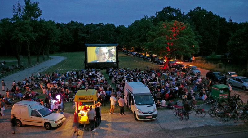 In diesem Jahr haben die Bürgermeister von Teltow, Kleinmachnow und Stahnsdorf die Filme für den 7. Interkommunalen Kinosommer ausgewählt. Dabei haben sie viel Humor bewiesen.