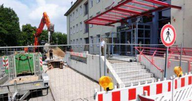 Eingangsportal_Stahnsdorf_Baustart