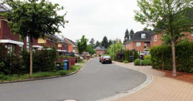 Die Region wächst weiter, das zeigt auch der kürzlich erschienene Grundstücksmarktbericht für das Jahr 2017 in Potsdam-Mittelmark auf. Mit 364 Verkäufen steht die Stadt Teltow an zweiter Stelle. Beim Umsatz hat Kleinmachnow mit 17 Prozent der Gesamtsumme die Nase vorn.