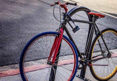 Kleben statt gravieren: Kostenlose Fahrradcodierung beim ADAC