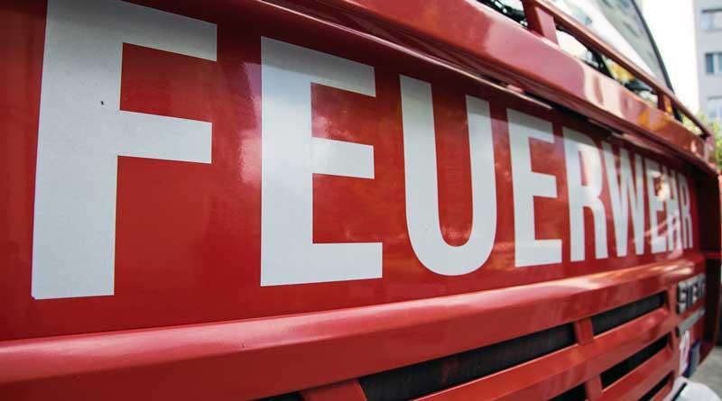 Aus aktuellem Anlass warnt die Stadtverwaltung Teltow davor, dass derzeit in Teltow und Ruhlsdorf Trickbetrüger unterwegs sind. Diese Personen tragen Feuerwehrkleidung und geben sich als Feuerwehrangehörige aus.