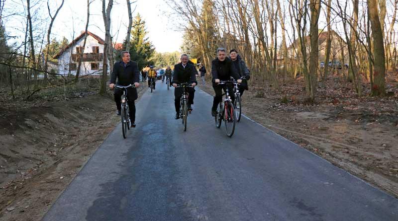 Radweg_Sputendorf_Struvesdorf_Eroeffnung