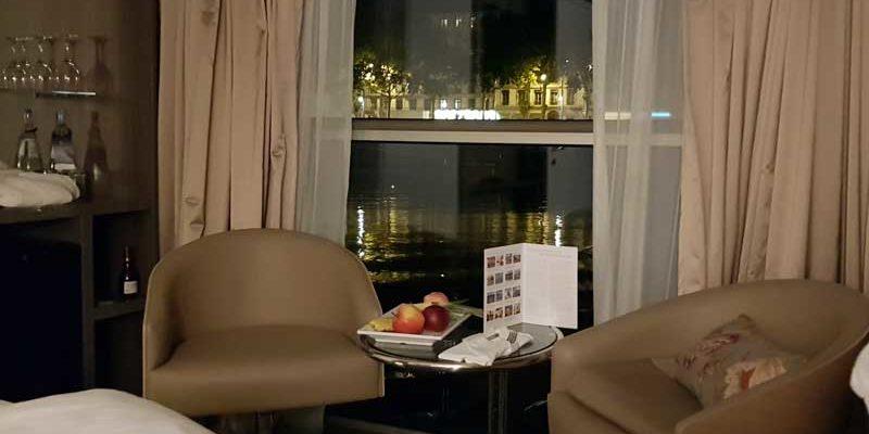Blühende Lavendelfelder, fruchtbare Weingebiete, kleine Orte mit verwinkelten Kopfsteinpflastergassen, romantische Schlösser und Burgen - die Provence hat kulturell und kulinarisch viel zu bieten. Auf einem Flusskreuzfahrtschiff MS Amadeus lässt sich der Süden Frankreichs ganz entspannt erkunden, schließlich hat man das Hotel immer mit dabei.