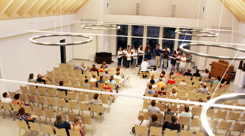 Ein Benefizkonzert am kommenden Sonntag, den 18. August, um 17 Uhr, in der Neuen Kirche im Zehlendorfer Damm 211 soll der Evangelischen Kirchengemeinde Kleinmachnow Spenden für die neue Orgel einbringen.