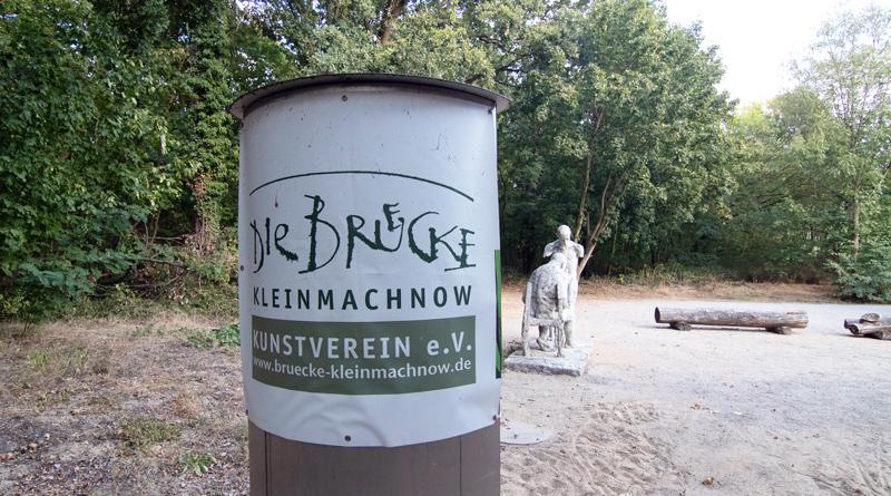 Zu den Veranstaltungen des Kunstvereins Die Brücke gehören die Lange VideoKunstNacht im Februar, Beiträge zur Langen Nacht der Kultur im Juni und die Kleinmachnower Kunstwoche und die Ausstellung der Mitglieder im Dezember. In diesem Jahr wird am 07. September das Jubiläum gefeiert.