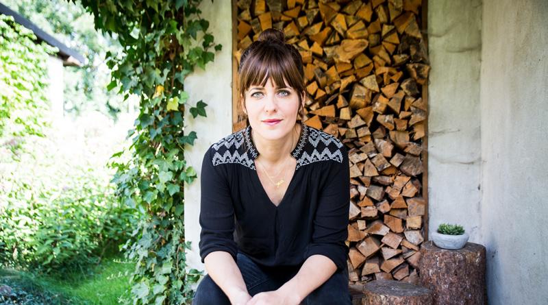 Am 26. September um 20:00 Uhr kommt Sarah Kuttner in die Neuen Kammerspiele und liest aus ihrem aktuellen Roman KURT.