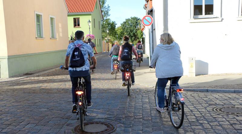Die Stadt Teltow hat vom 6. bis 26. September erstmals an der bundesweiten Aktion STADTRADELN teilgenommen. 52 Teams haben sich beteiligt und insgesamt fünf Tonnen Kohlendioxid eingespart.