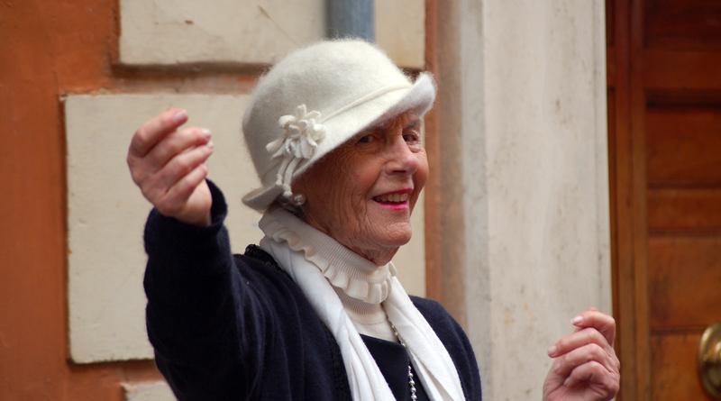 Jeden 1. Montag im Monat findet im Frauentreff am Düppel in Kleinmachnow das allgemeine Treffen statt.