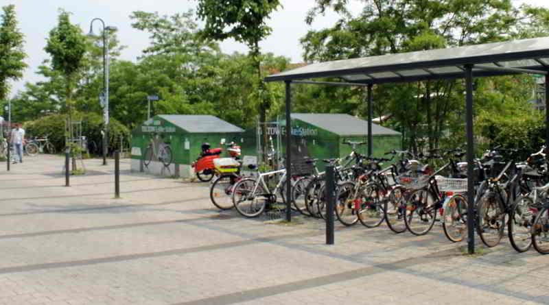 S-Bahnhof Teltow Ahlener Platz Fahrradständer