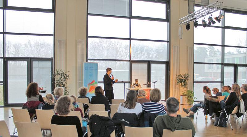 Am 19. Februar entscheidet sich im Rathaus Kleinmachnow, wer die beste Vorleserin oder der beste Vorleser des Landkreises Potsdam-Mittelmark/Ost beim 61. Vorlesewettbewerb Deutschlands ist.