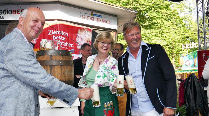 Das Bezirksamt Steglitz-Zehlendorf und der Schaustellerverband Berlin e.V. haben die diesjährige Steglitzer Woche abgesagt. Die Veranstaltung mit bis zu 250.000 Besuchenden vom 21. Mai bis zum 7. Juni gilt als Großveranstaltung und diese hat der Berliner Senat bis zum 24. Oktober verboten.